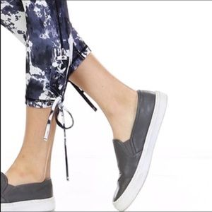 Evolving Always Pants - Capri  #Leggings #Jogger
